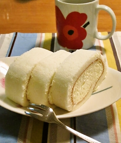 rollcake-1.jpg